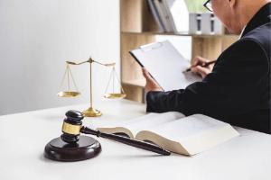 Půjčka v Plzni na vyplacení exekucí